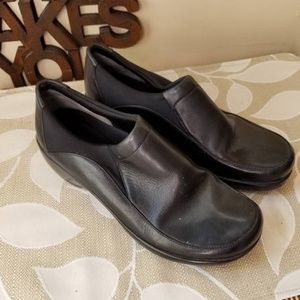 Easy Spirit Leather Loafers Size Size 6 Wide